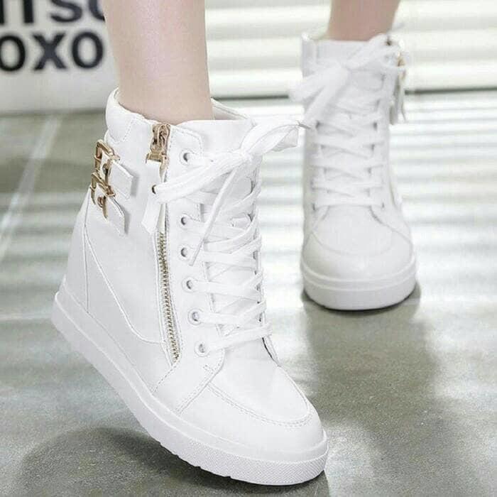 BOOTS GESPER 2 SLETING PUTIH / Sepatu Wanita Terbaru / Sepatu BOOTS Murah / Sepatu SNEAKER Terbaik / Sepatu casual Terlaris / Sepatu Original - Sepatu Best quality