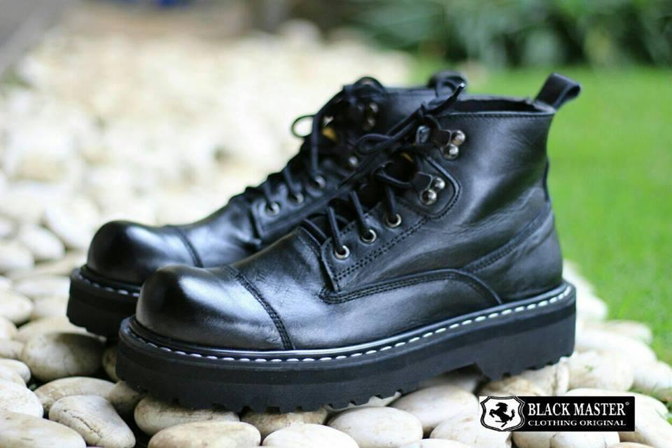 BlackMAster Delta Jointer Hitam Sepatu Boots Pria Safety Tracking Ujung Besi  Proyek Kerja Lapangan Hiking Touring 9238232c5d