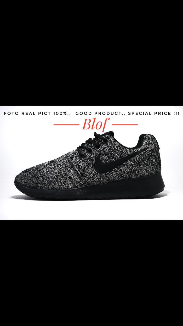 Sepatu Nike Roshe Run Rajut Dark Oreo For Men Impor Vietnam - 4GG9Ay