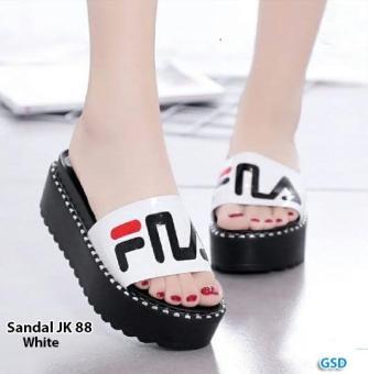 Daftar Harga Sandal wanita   sandal wedges wanita   sandal selop murah   sandal  terbaru   sandal trendi fila   sandal gloxy   sandal Jk 88 terbaik murah ... df71761d7b