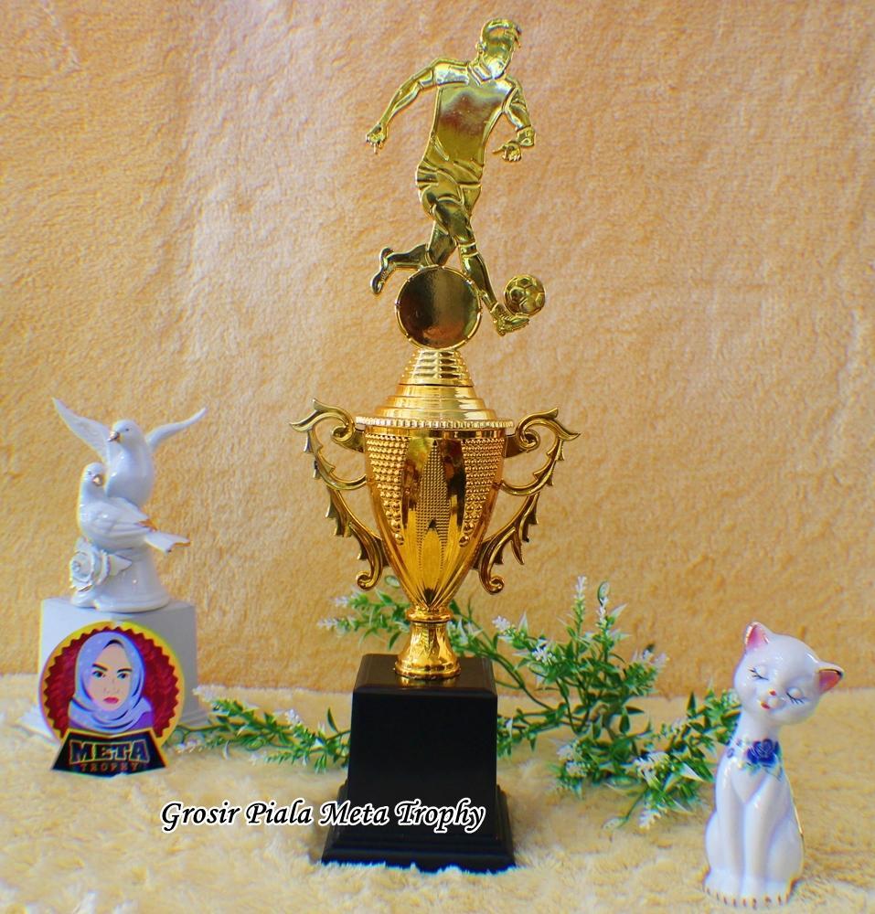 Rp 50.000. Piala Set 123 Bintang Lomba Futsal MTQ Pramuka Futsal Sepak Bola Kejuaraan Badminton Tenis Tari Trophy ...