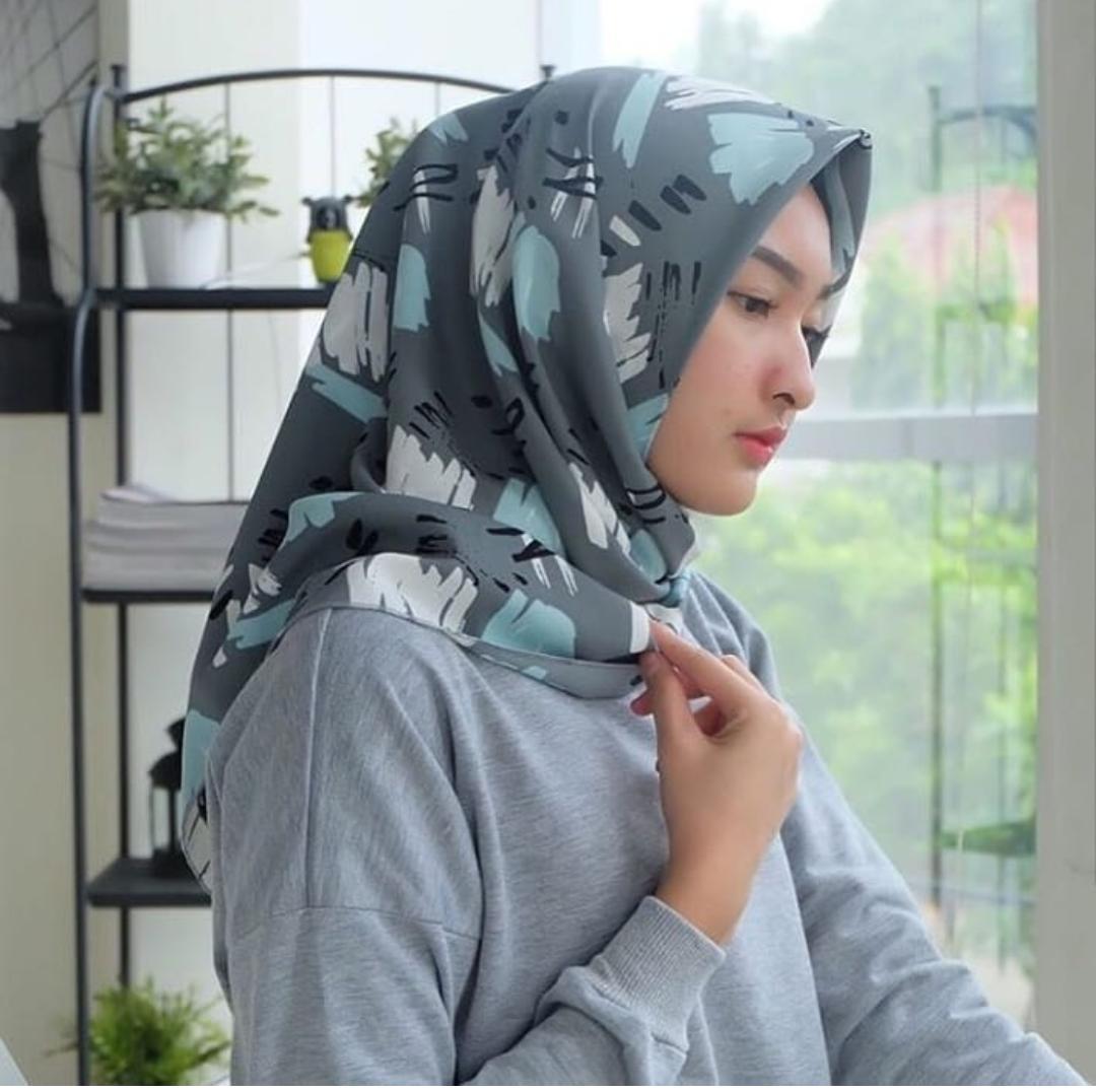 Hijab Segiempat Wolfis Motif