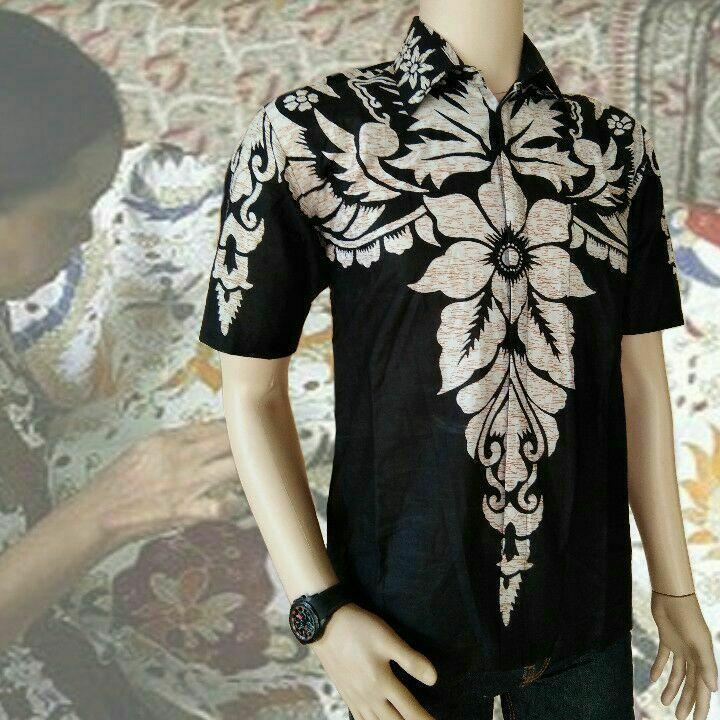 Kemeja Batik Pria Lengan Pendek Exclusive Terlaris