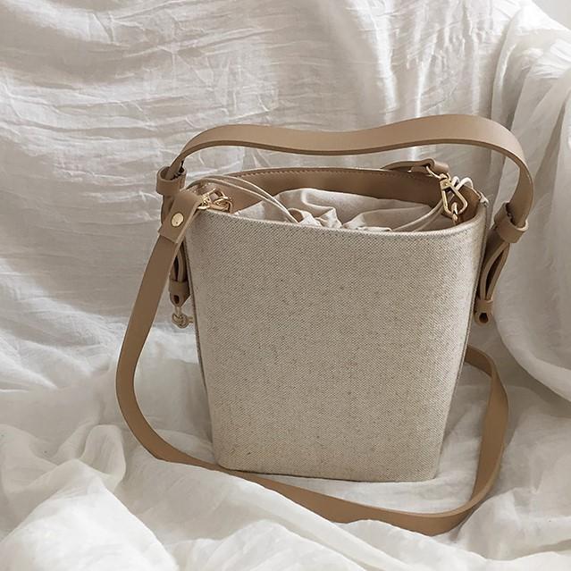 Korea Selatan Dongdaemun Tali Serut Tas bucket minimalis super api in Model Sama Tas selempang tas