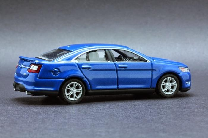 TERLARIS  Greenlight 2012 Ford Taurus SHO
