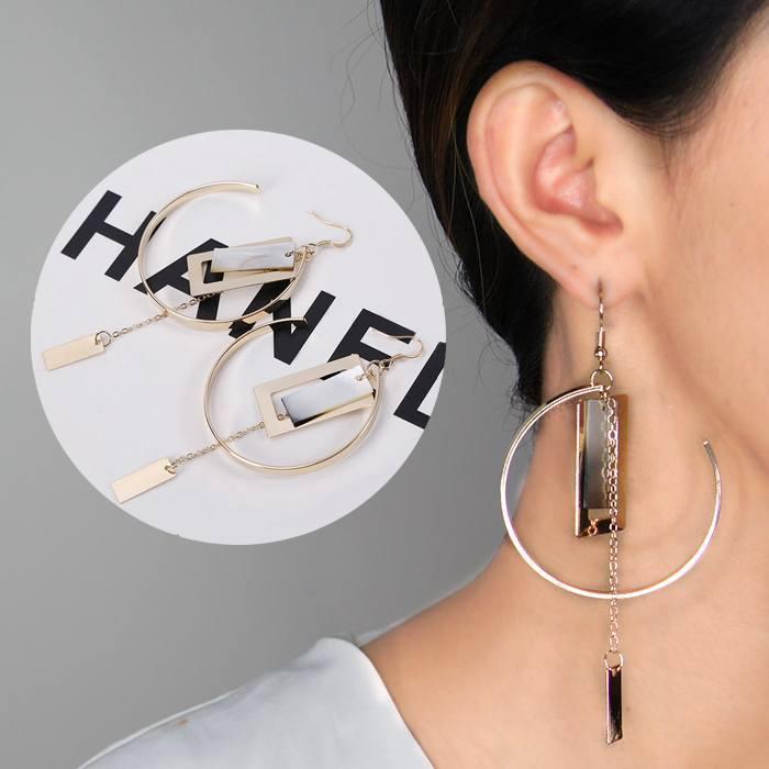 Anting Korea Shell Metal Round Earrings AP3353