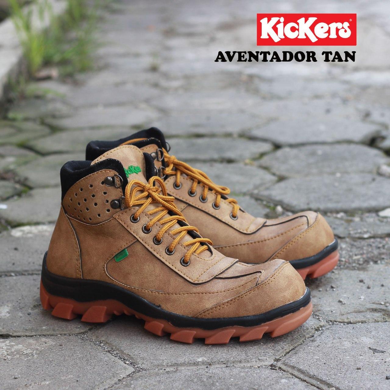 43   28 Cm Sepatu Pria Safety Tracking Gunung Boot Kickers Sued Mercy Ujung  Besi bde225e82a