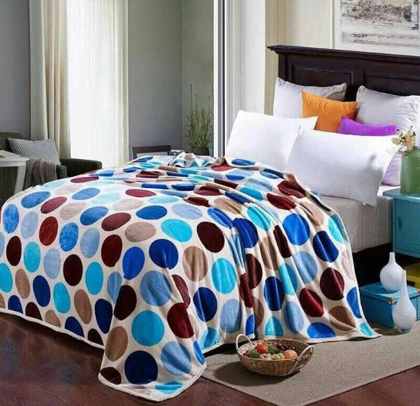 Selimut Bulu Dewasa Lucky Blanket Super Premium 180x200 & 750 Gram - Motif Polkadot + Free Tas Selimut