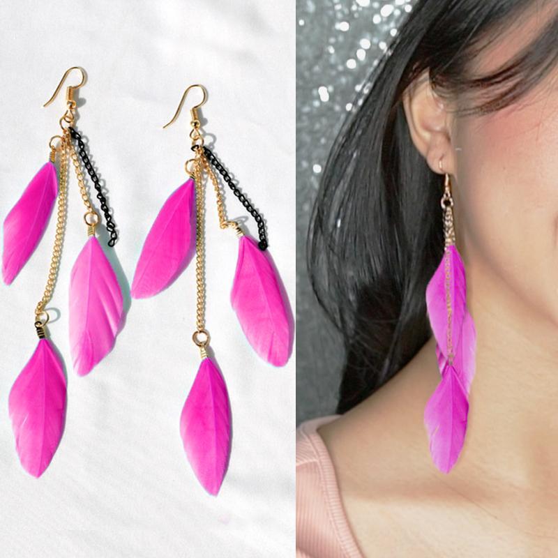 Anting Korea Multi Colored Feather Earrings J4U662