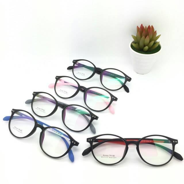 Frame Korea Tr90 D011 |Gratis Lensa Minus| Kacamata Antiradiasi |kacamata unisex Variasi BLACK GREY+ LENSA
