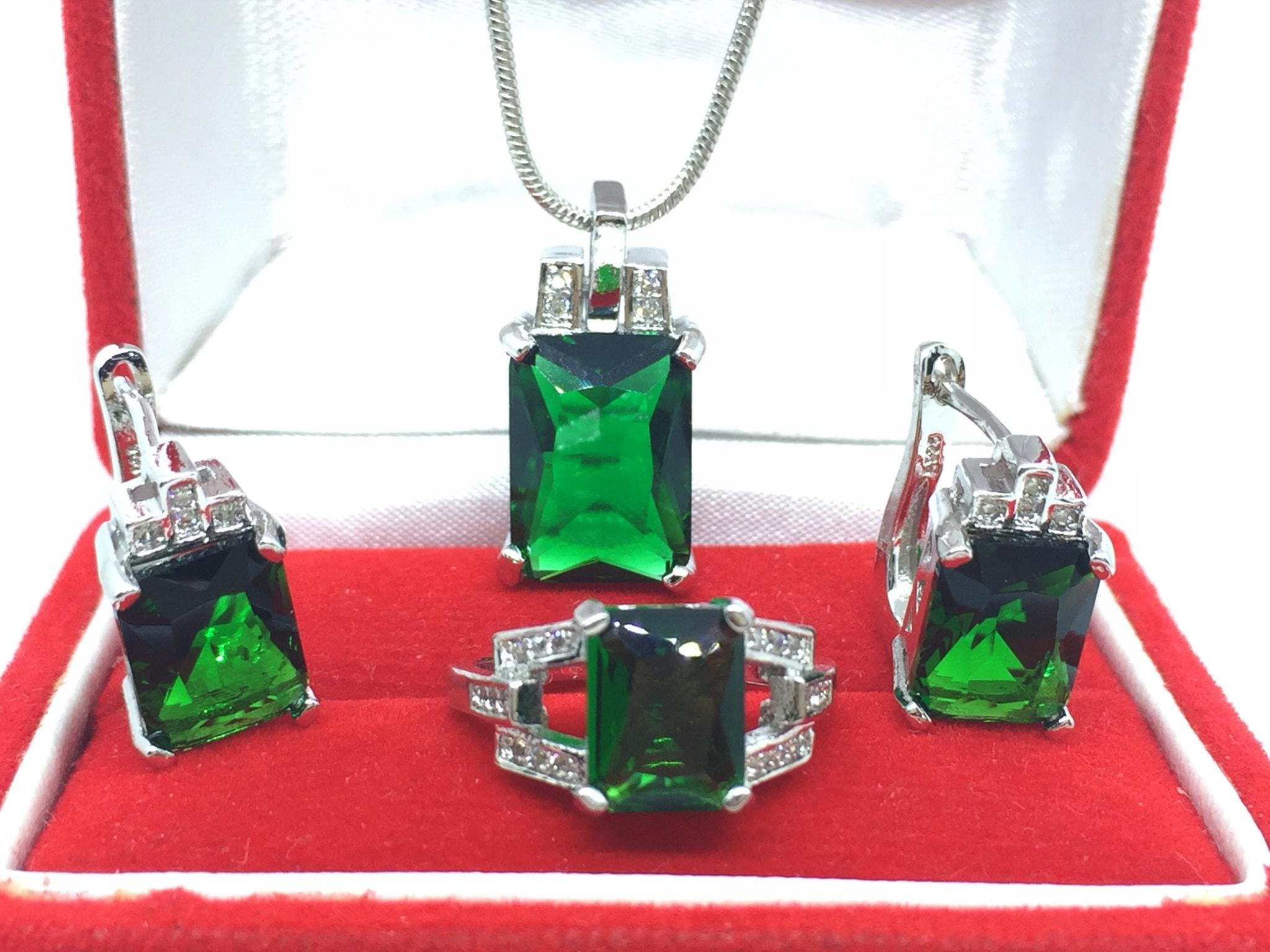 NEW PROMO Perhiasan Aksesoris Set Perhiasan Cincin Kalung Anting Batu Hijau Lapis Emas Putih BN085 Murah