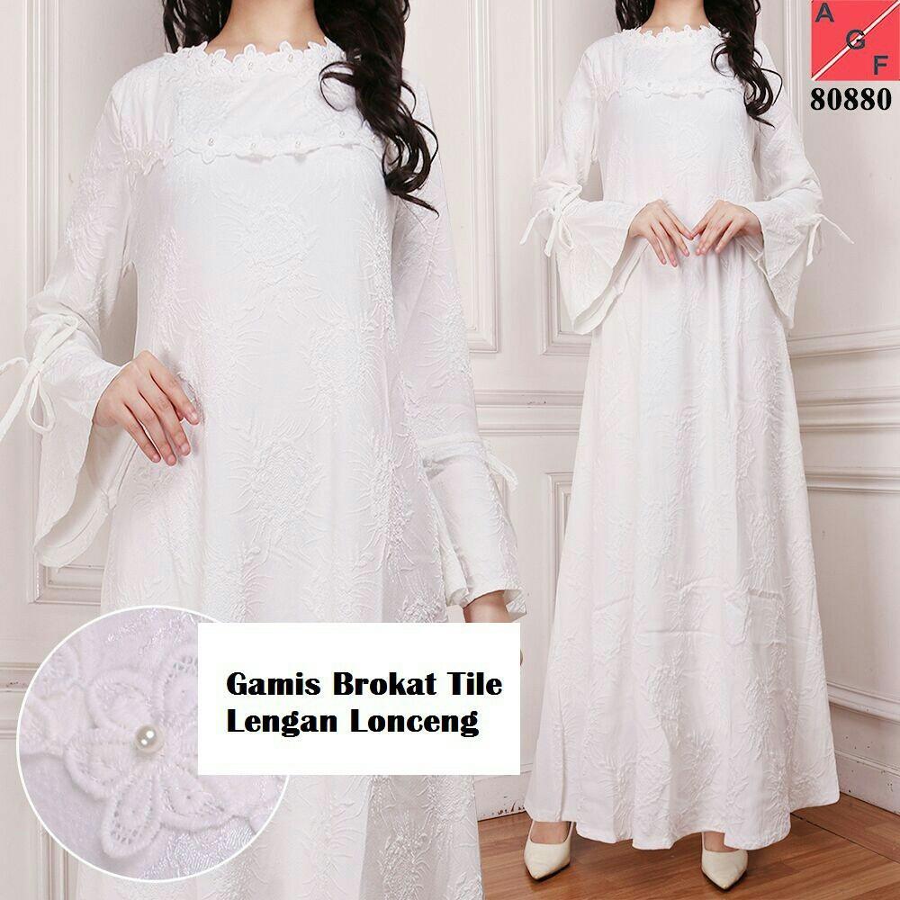 Gamis Putih Brokat Syari untuk Umrah Pesta