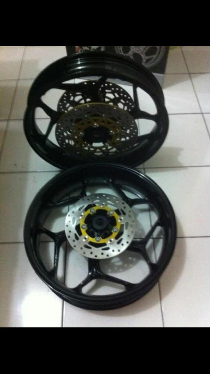 velg axio uk 3inc-4,5inc depan double disc(include 2 disc) pnp for r15