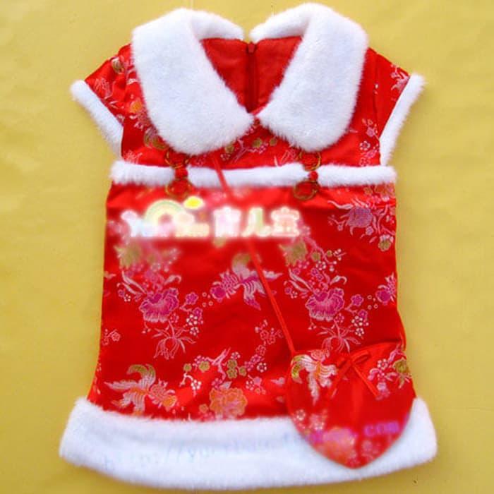 Baju Cheongsam Tiongkok Anak Perempuan Warna Merah Berbulu Putih / Sha