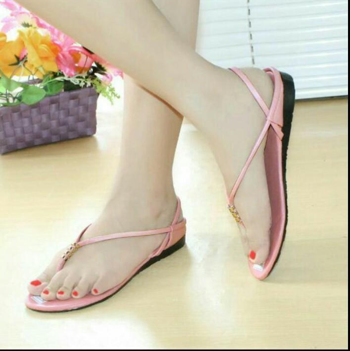 Jual Sandal   Sepatu Sandal (Wanita)  6ec982d752