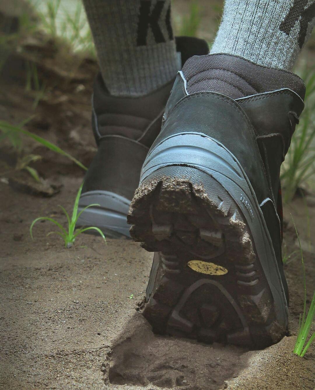 Sepatu Gunung / Hiking / Sepatu Outdoor / Fashion / Boot / Cewek Cowok / Pria Wanita / Adventure Trekking - TMS 085 SP / Original