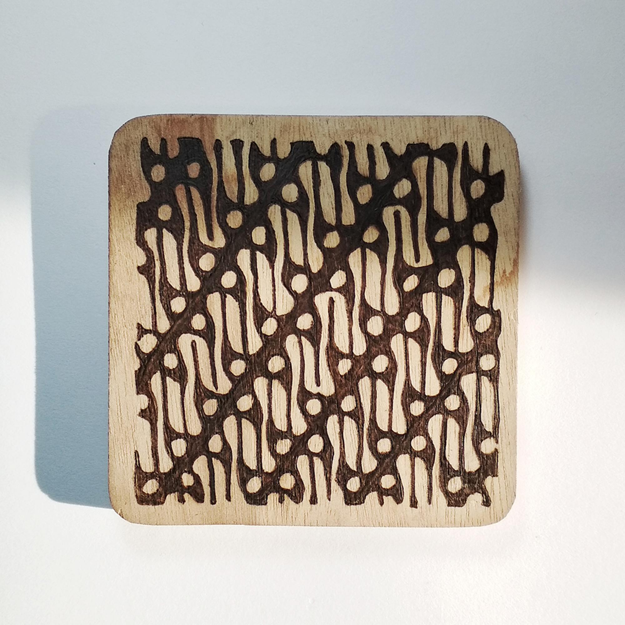 Nayoh - Tatakan Gelas Kayu Pyrography Motif Batik Parang