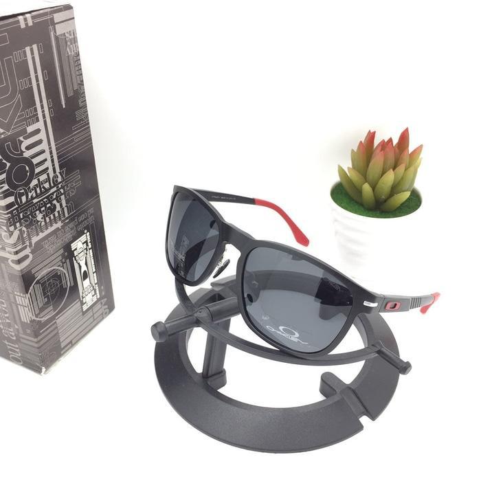 Hot Item!! Kacamata Oakley Enduro Titanium Black Ducati Kacamata Polarized Murah - ready stock