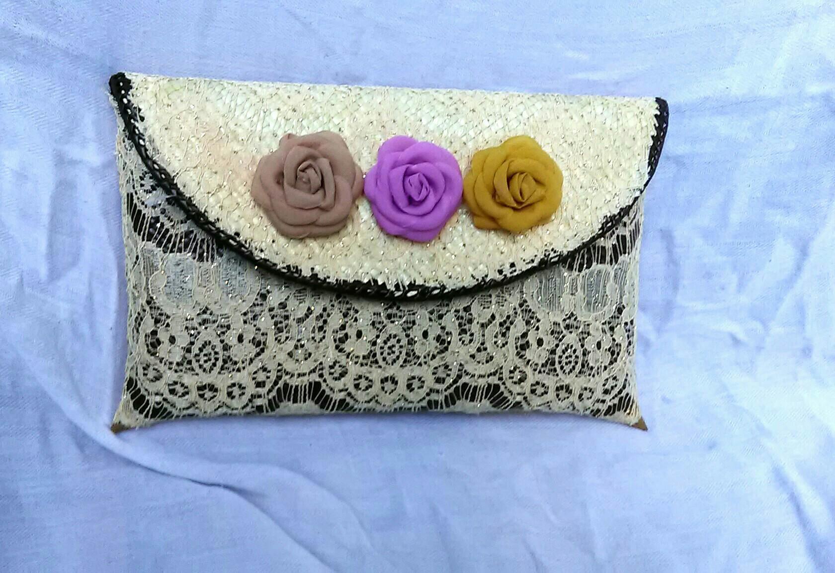 Djogja Klasik Craft Clutch Anyaman Pandan Exclusive Medium Natural Kulit Asli Chameo Couture Cyara Black Blue Pesta Brokat Bunga