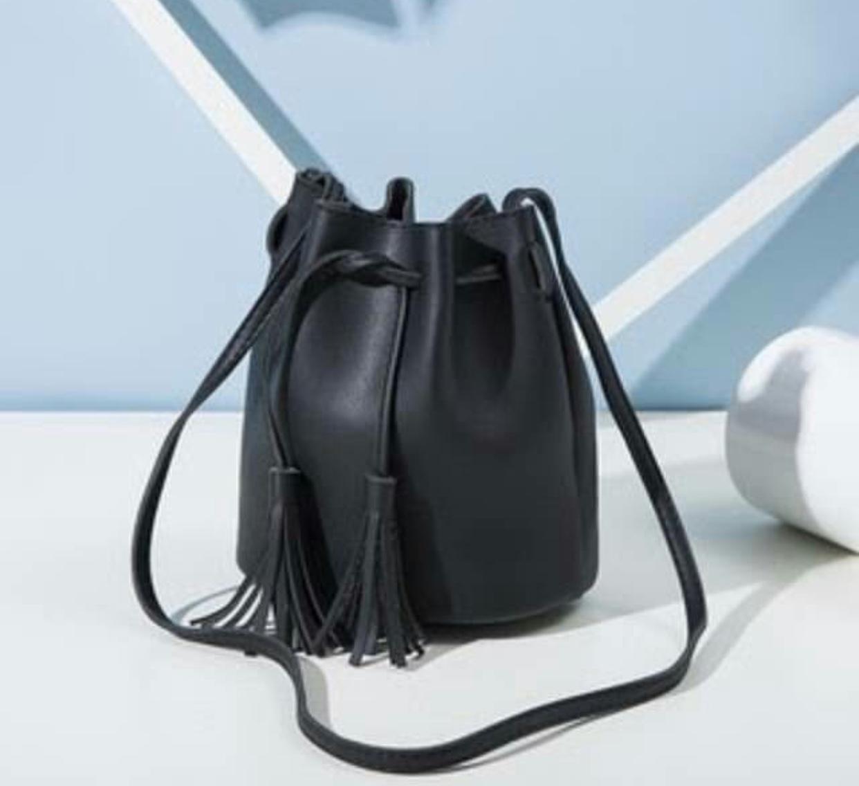 KAWAI - Tas Wanita/ Dompet Wanita/ Dompet Mini/ Dompet Fashion/Tas Selempang/ Tas Bahu Wanita/ Bucket Bag/ Tas serut miniso MNS-78