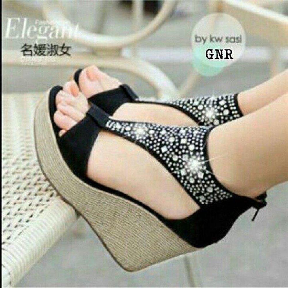 Sepatu murah Sepatu Wedges Black Blink Termurah Di Lazada