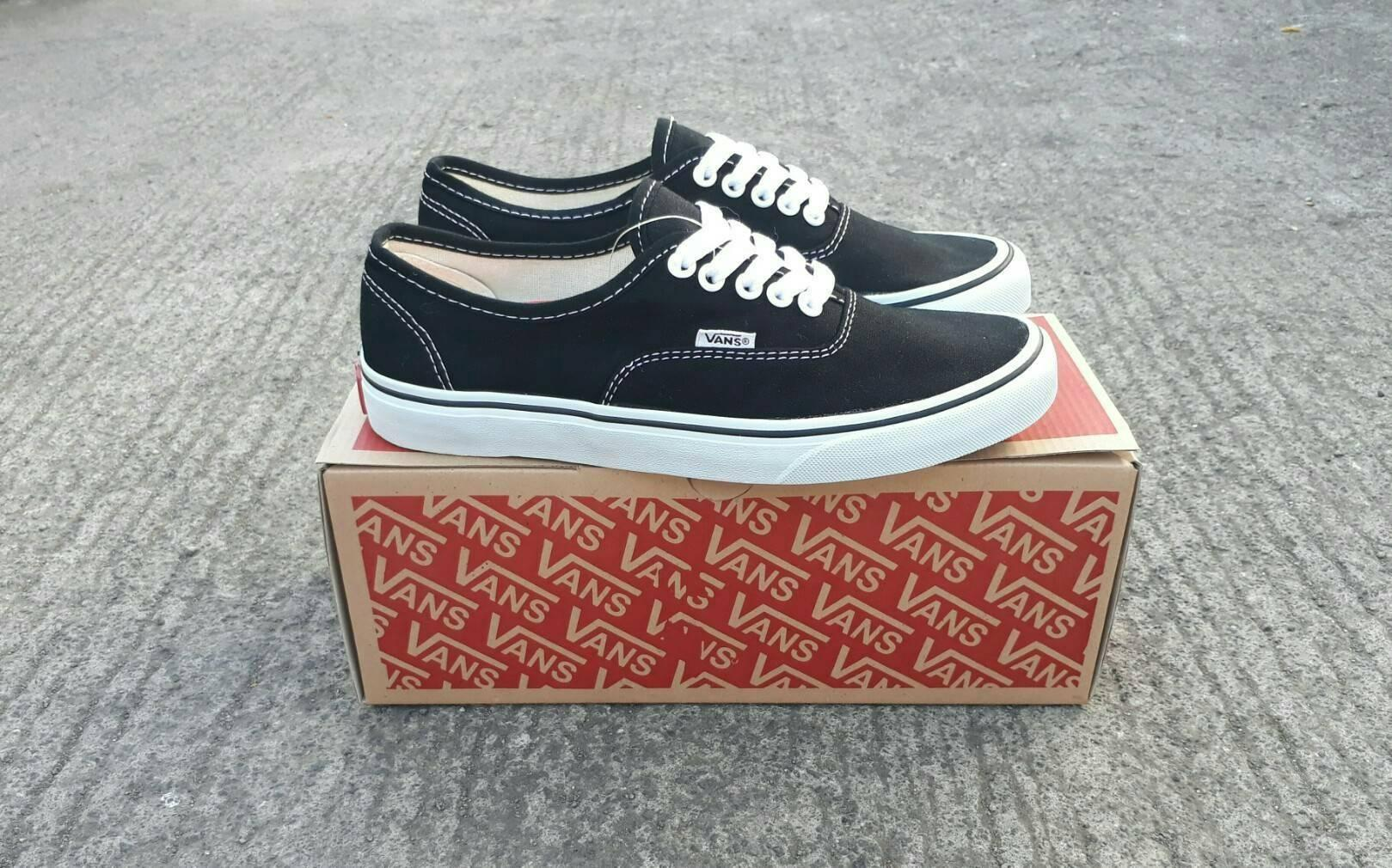 sepatu vans authentic black white premium BNIB made in china waffle IFC - sepatu sneaker vans import