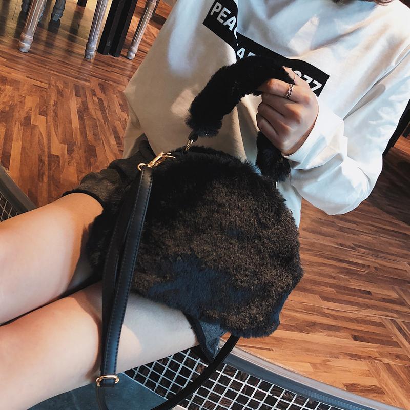 Tas 2018 musim dingin model baru Gaya Korea modis bulu-bulu tas bahu tunggal tas wanita netral tas tangan tas selempang Tas Mahal