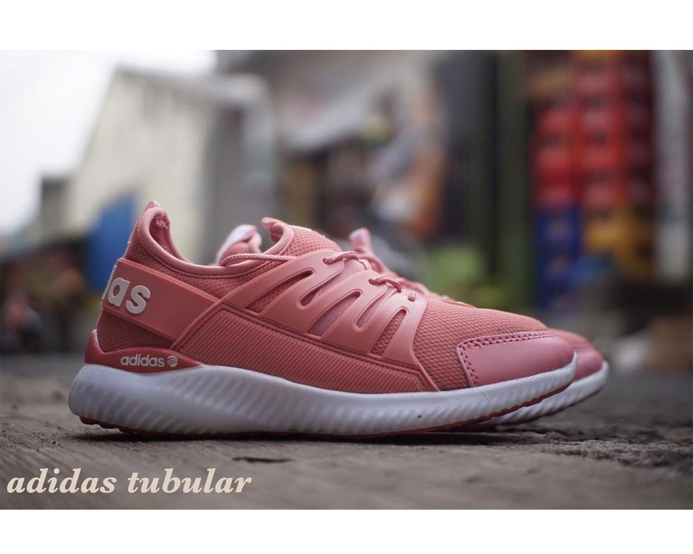 Sepatu sneakers Premium New Alphabounce Tubular warna Peach (Bisa Bayar  Ditempat) 8e4970f6cd
