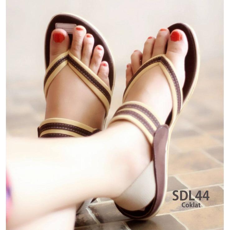 Sandal Wanita Tali Jepit Sepatu Sendal Cewek SDL44  baru