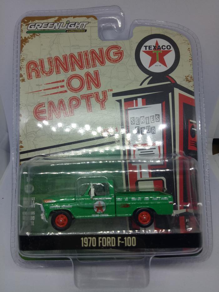 ORIGINAL!!! Greenlight Diecast Running On Empty Series 4 1970 Ford F 100 - w2hh4r