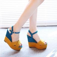 Gesper Horizontal hak wedges Sandal summer wanita kelihatan jari kaki Anti  Selip Sepatu Hak Tinggi 2018 e1df83313e