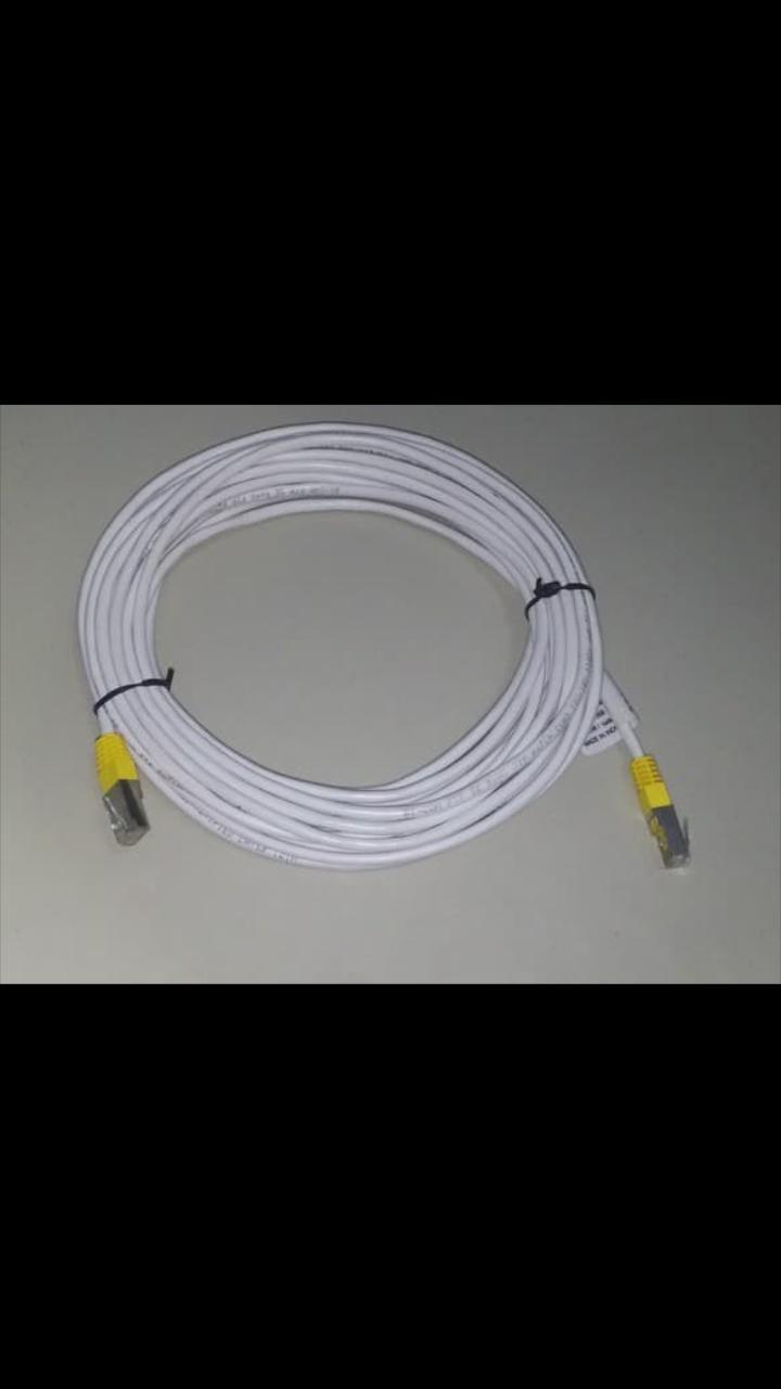 Kabel LAN 10M UTP 10 Meter Cat5E Siap langsung Pakai cable konektor wifi internet PLUG ETS  Kabel LAN dengan Kepala Konektor + PLUG BOOT yang sudah terpasang, Praktis dan Tidak Ribet. Kabel berwarna abu muda dengan susunan kabel Straight.  Dapat digunakan