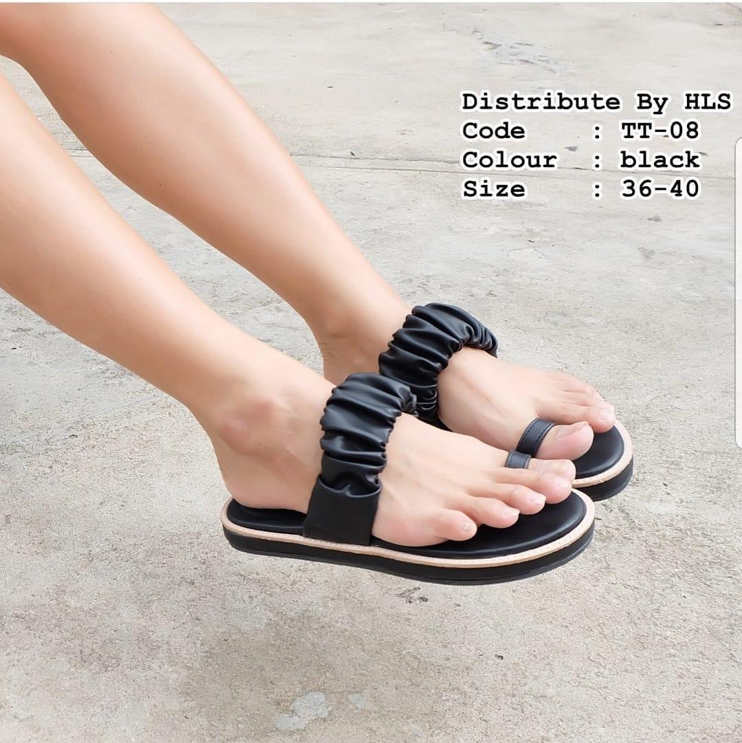 R2 Paris Wedges Sandal Valeria - Hitam. Source · Sandal Flat Wanita Lucu Hitam,
