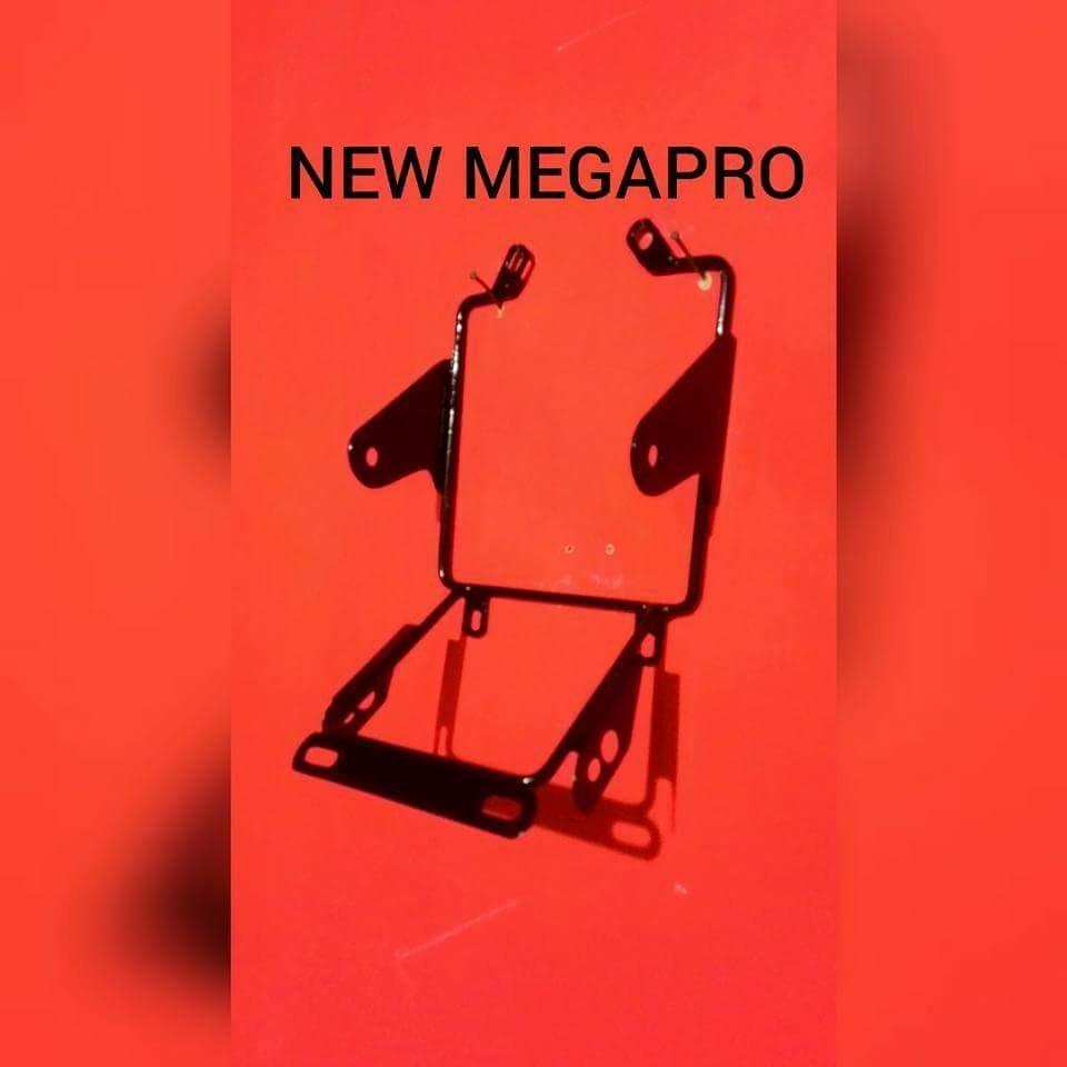 Breket Braket Lampu Pesek 3 fungsi untuk motor Honda New Megapro Nmp / Verza / Cb150r ukuran 7inc BONUS STIKER