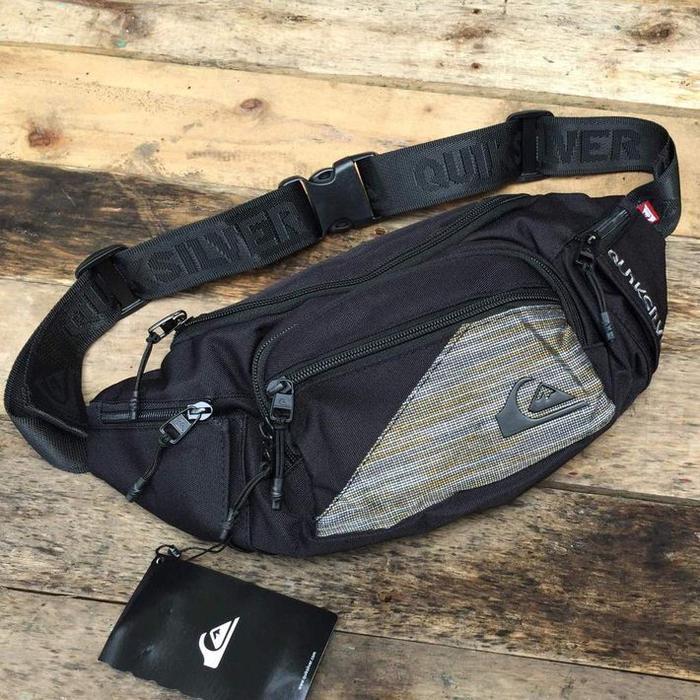 TERLARIS Kompek/Tas Pinggang Quiksilver Travel Luggage Black Motif Original TERMURAH