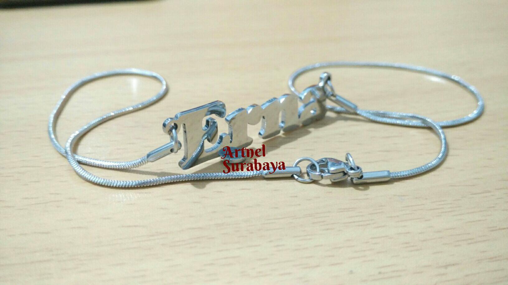 Kalung Monel Nama Silver Minimalis