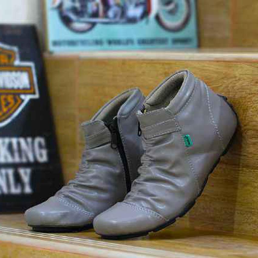 Sepatu Casual Sneakers Kickers Zipper Boots pria kerja santai murah - Sepatu Kickers Brembo - Sepatu Tracking - Sepatu Gunung - Sepatu Hikking - Sepatu Delta - FREE KAOS