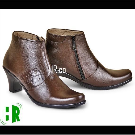 Promo Sepatu Pantofel Heels Boots Wanita Boot Formal Cewek Kerja Cibaduyut Gratis Ongkir
