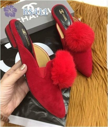 Sepatu Wanita Sandal Chain Pom Merah - BS411