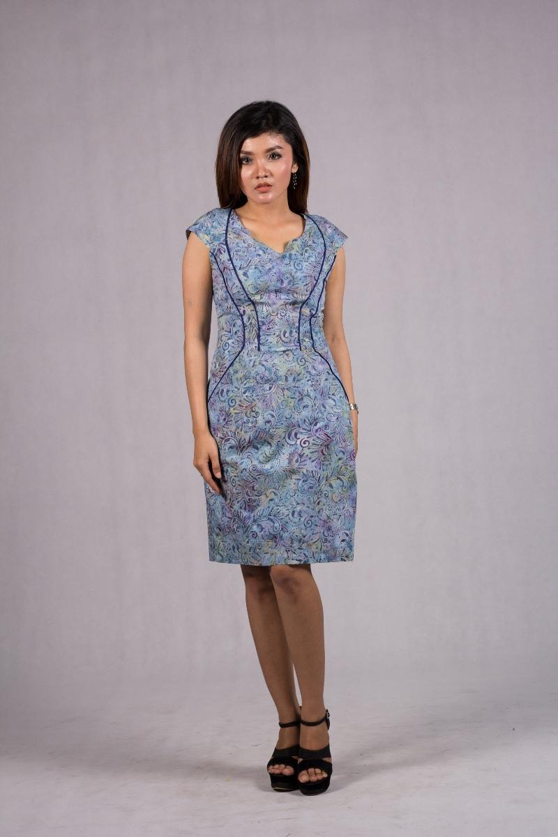 Dress Batik Modern Bahan Katun Motif Batik Asimetris Abstrak Dress Batik  Ivanka Biru RR1735 BR by 8d9a23919d