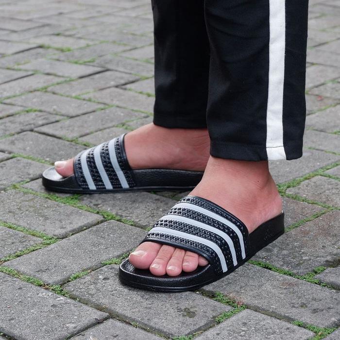 Sandal Original Adidas Slide Adilete Indigo Black Grey