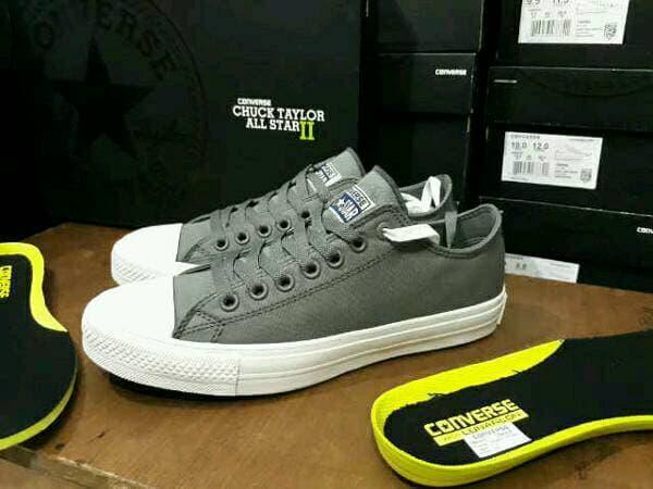 Sepatu Converse CT Chuck Taylor 2 all star Lunarlon Premium Quality - PESR4l
