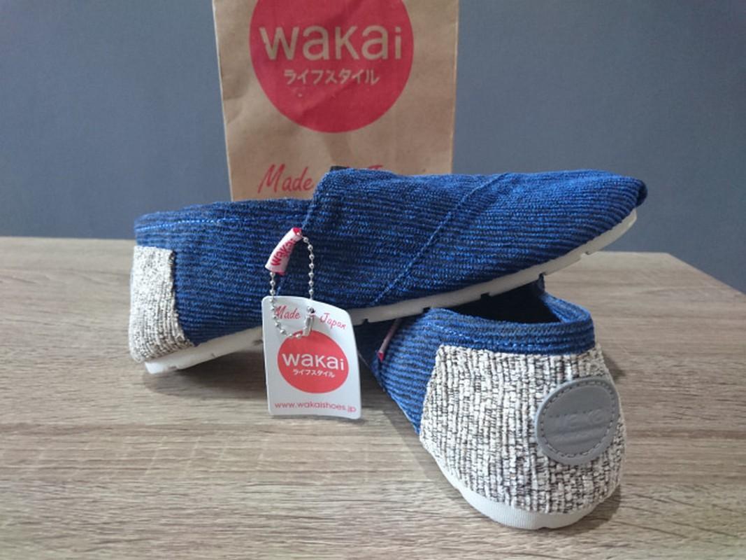 Sepatu Wakai Grad Original Pria Wanita Hitam + Hadiah Lebaran Promo Terlaris
