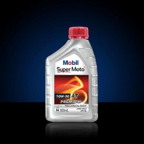 Oli Mesin – Mobil Super Moto™ 10W-30 (0.8 liter)