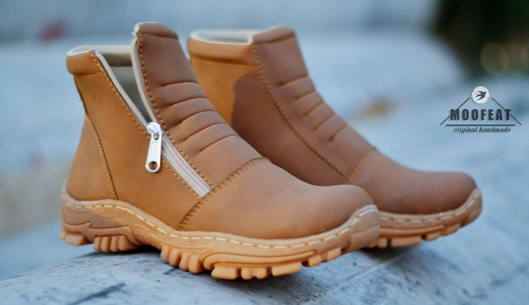 Buy Sell Cheapest Sepatu Moofeat Original Best Quality Product Carlo Black Boots Safety Ujung Besi Pria Boot Proyek Pdl Pdh Kerja Advanture Hitam