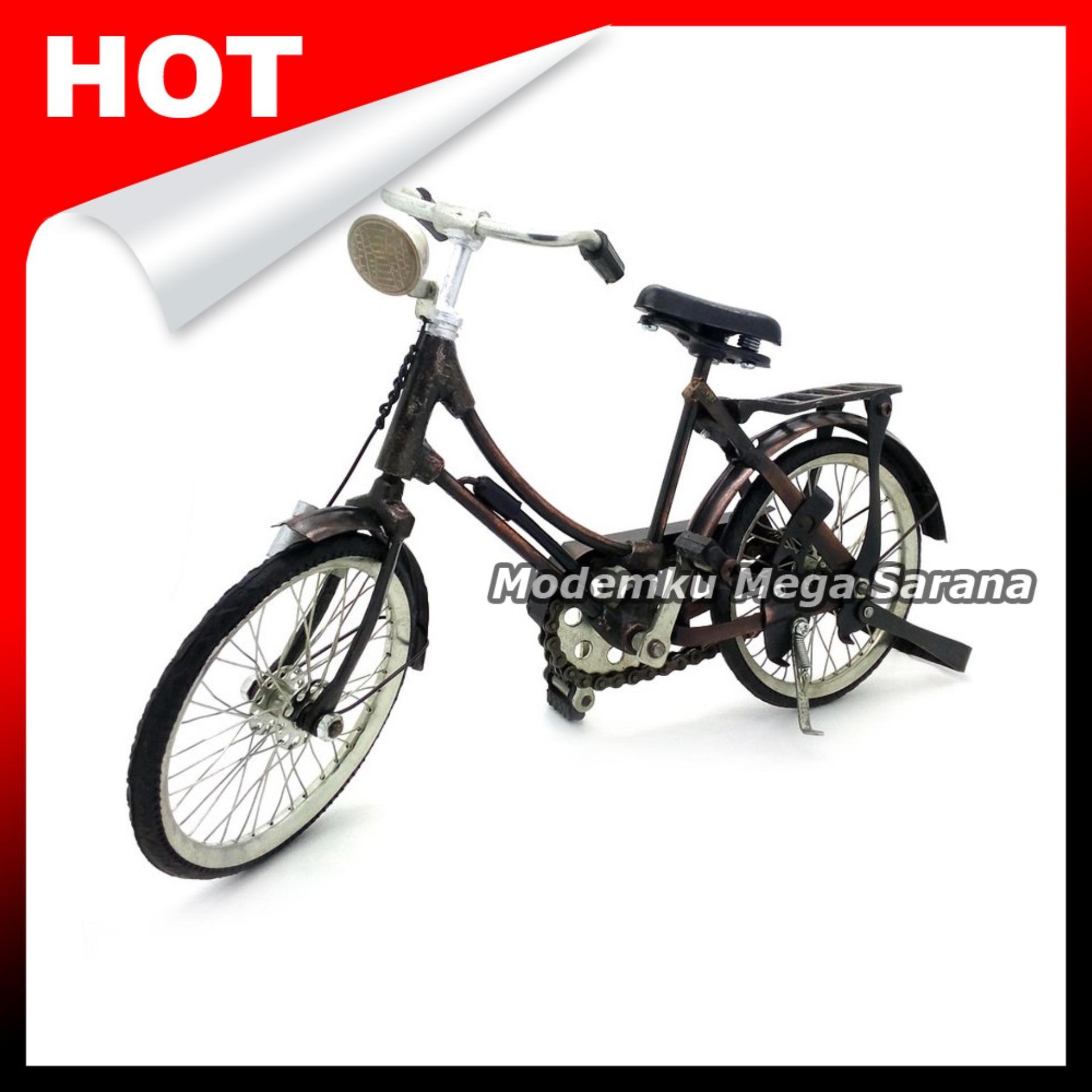 Miniatur Sepeda Ontel Perempuan Sepeda Onthel - Ukuran S 20x6x14 cm