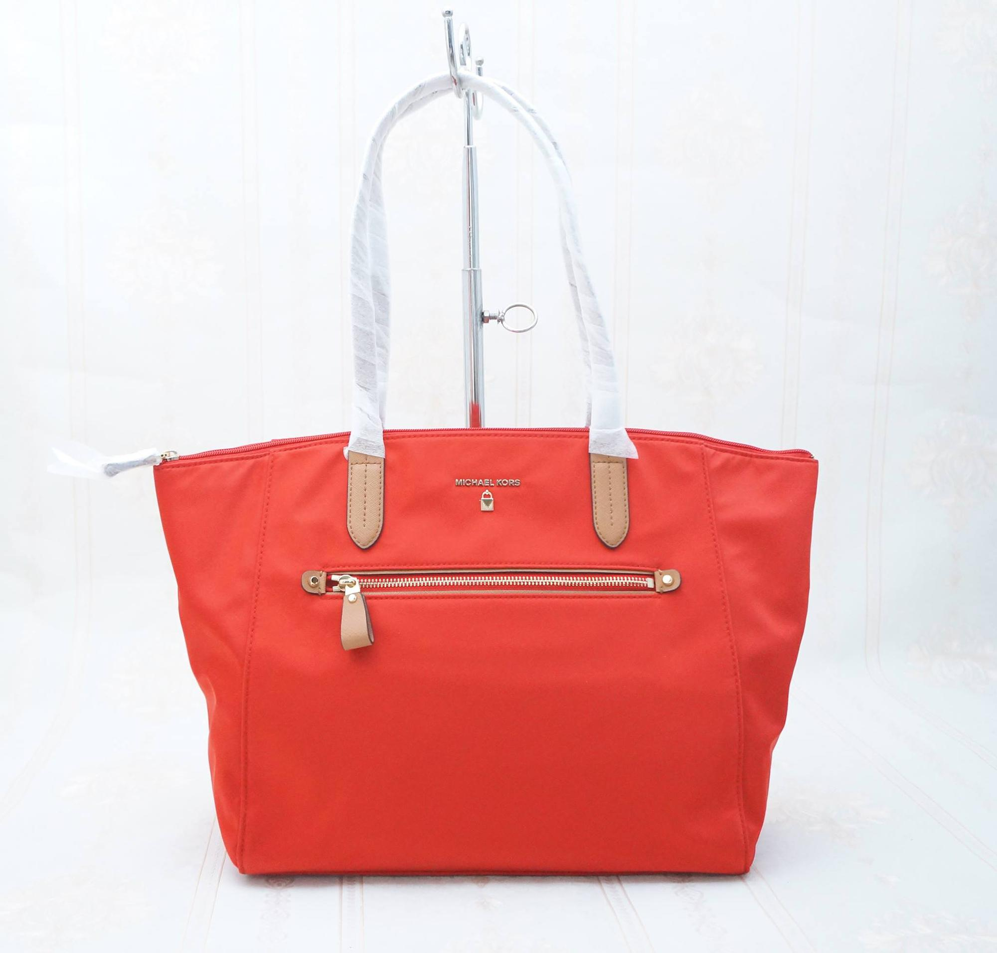 MICHAEL KORS LARGE KELSEY BRIGHT RED