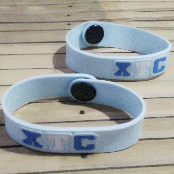 Gelang XTC Exalt To Creativity Biru Muda