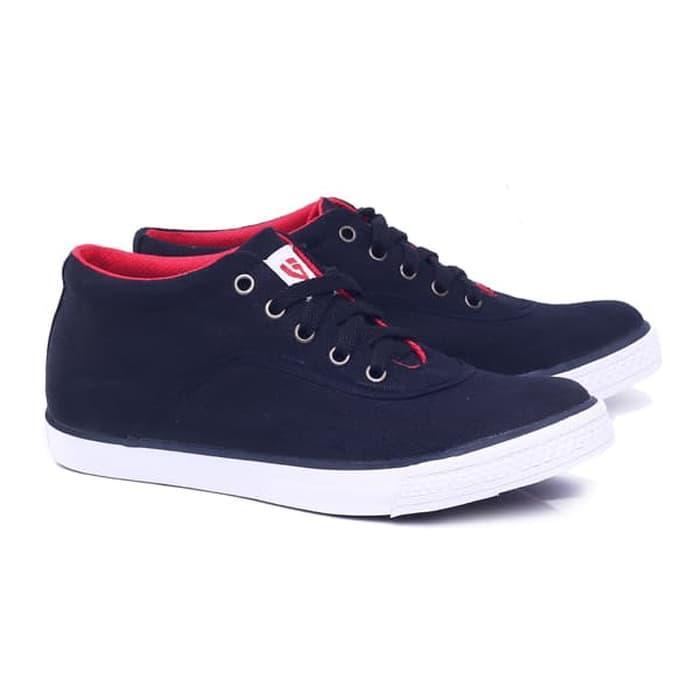 Sepatu laki-laki/sepatu pria Sepatu Sneaker Sepatu Kets Sekolah Dan Main Cowok Keren keluaran terbaru model terbaru kualitas bagus harga murah warna hitam