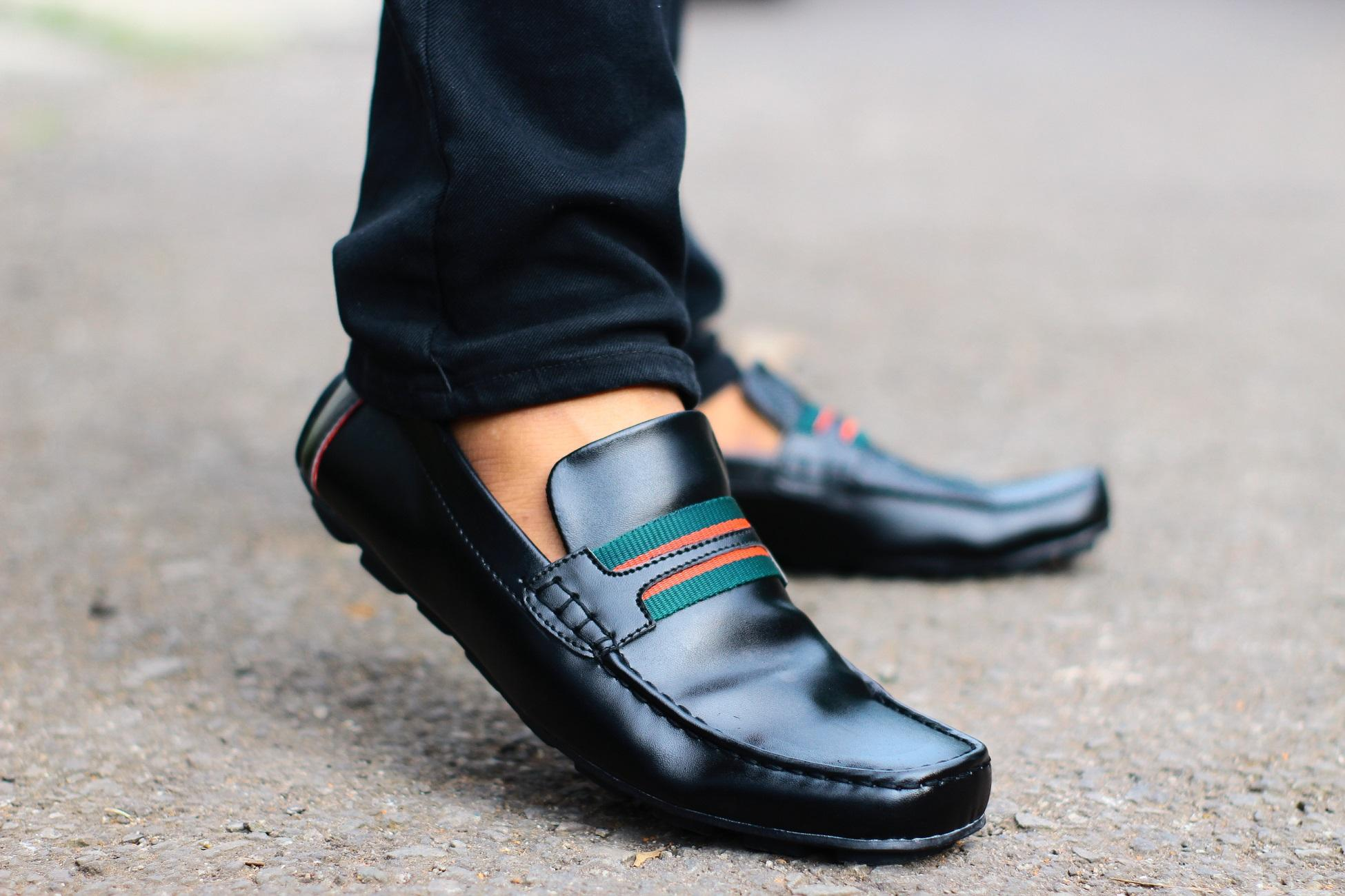 Sepatu Slip On Loafer Pria D Island Shoes Moccasine Lacoste Suede Blue Kantor Casual Slop Loafers Formal Santai Kasual